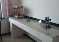 实验室右侧